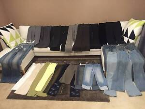Womens trousers and jeans: 25 Pairs Mullaloo Joondalup Area Preview