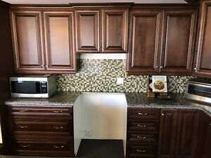 Kitchen Cupboard Set with Granite Countertop