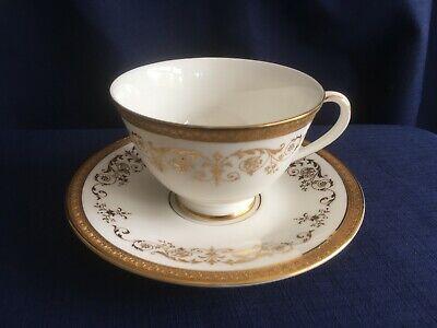 Royal Doulton Belmont tea cup & saucer (minor rim gilt wear on cup) - Belmont Cup