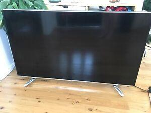 50 inch full high definition smart TV