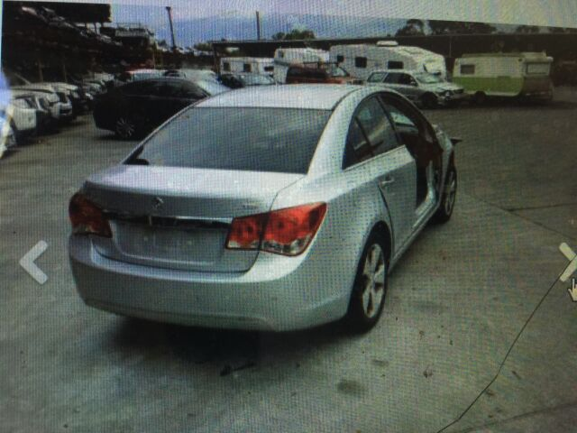 Wrecking Holden Cruze Cdx Wrecking Gumtree Australia