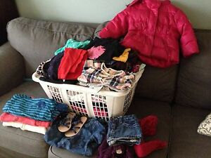 Big lot of girls clothing 2T and 3T- $45