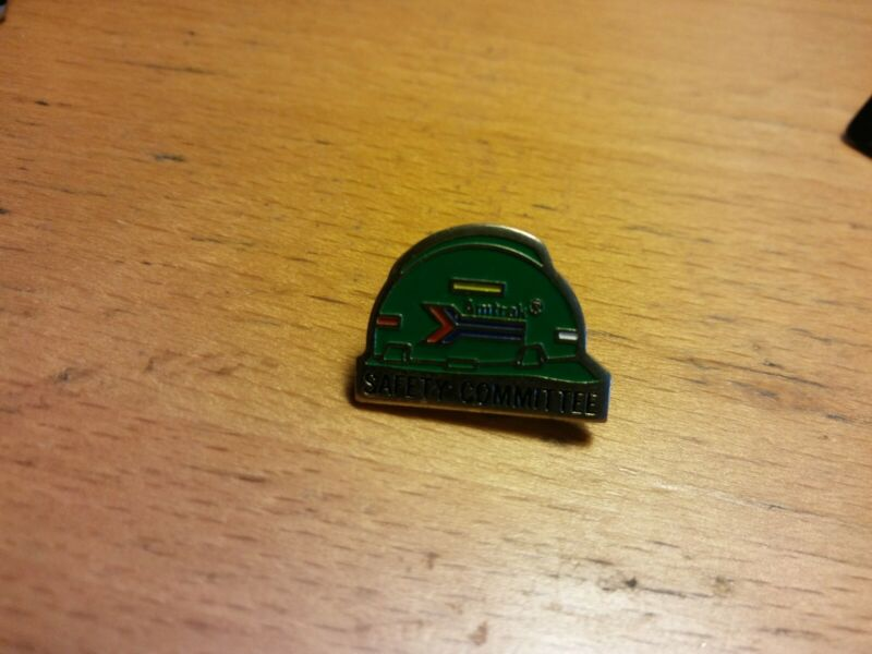 Vintage AMTRAK Lapel Pin Safety Committee Award Transportation Transport 🚆Train