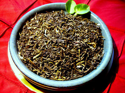 (Tea Green With Jasmine Flowers Loose Leaf  Asian Tea Blend Natural Flavor)
