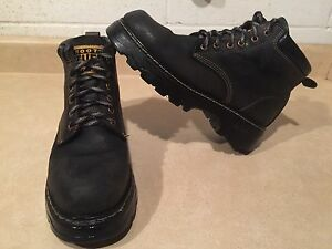 Men's Roots Tuff Leather Boots Size 8