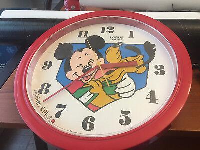 LORUS QUARTZ 10.5 INCH RADIUS MICKEY MOUSE PLUTO CLOCK WALT DISNEY RED