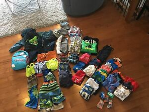 Size 2t,3-4 boys clothes and shoes