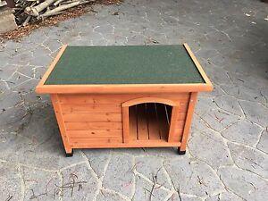 Dog kennel house Carlton Kogarah Area Preview