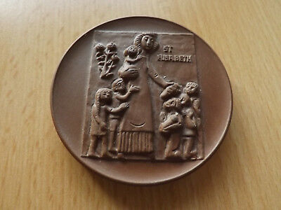 *Meissen* Porzellan Medaille* ST. Elisabeth 1231-1981 *ca,65mm(7)