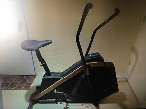 Vitamaster Whisper Air Exercise Bike