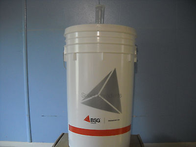 (BUCKET 6.5 GALLON PRIMARY FERMENTER w/ LID+AIRLOCK HOME BREWING BEER WINE KIT)