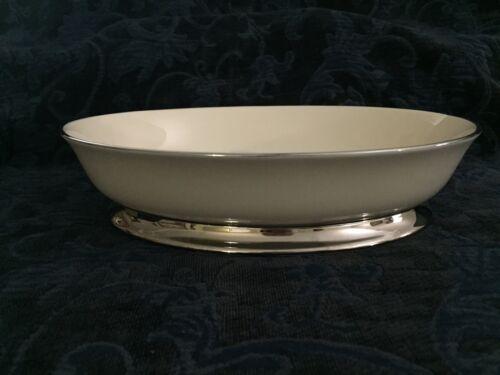 "Flintridge China~Made In California, Bellmere Pattern~9 3/4"" Oval Server"