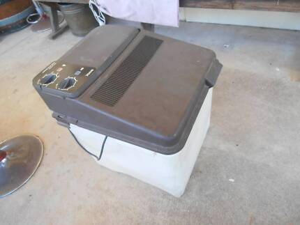 CARAVAN OR CAMPING WASHING MACHINE