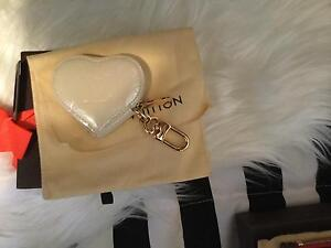 new authentic louis vuitton mini heart coin purse / bag charm Canning Vale Canning Area Preview