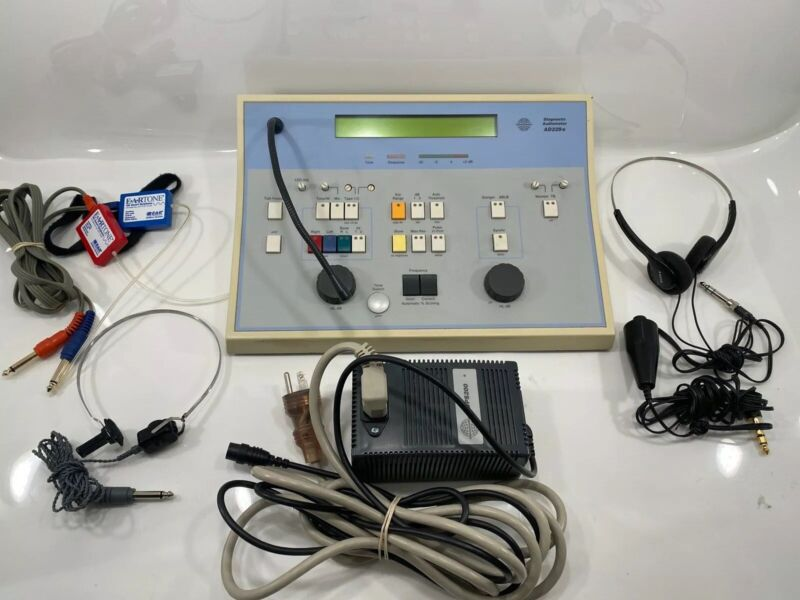 Diagnostic Audiometer Interacoustics AD229e Working Great!! Free Shipping!!!