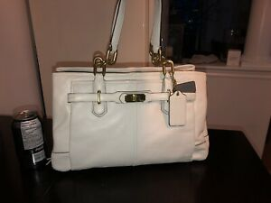 Authentic cream genuine leather COACH purse - barely used!