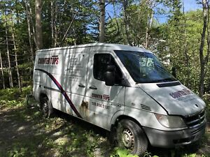 2006 dodge sprinter 2500 runs/drives good