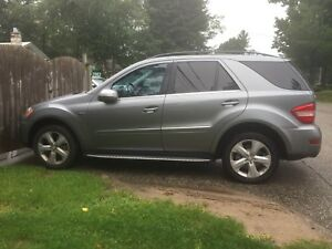 Mercedes Benz ML350 Diesel - Amazing Condition Fully Loaded
