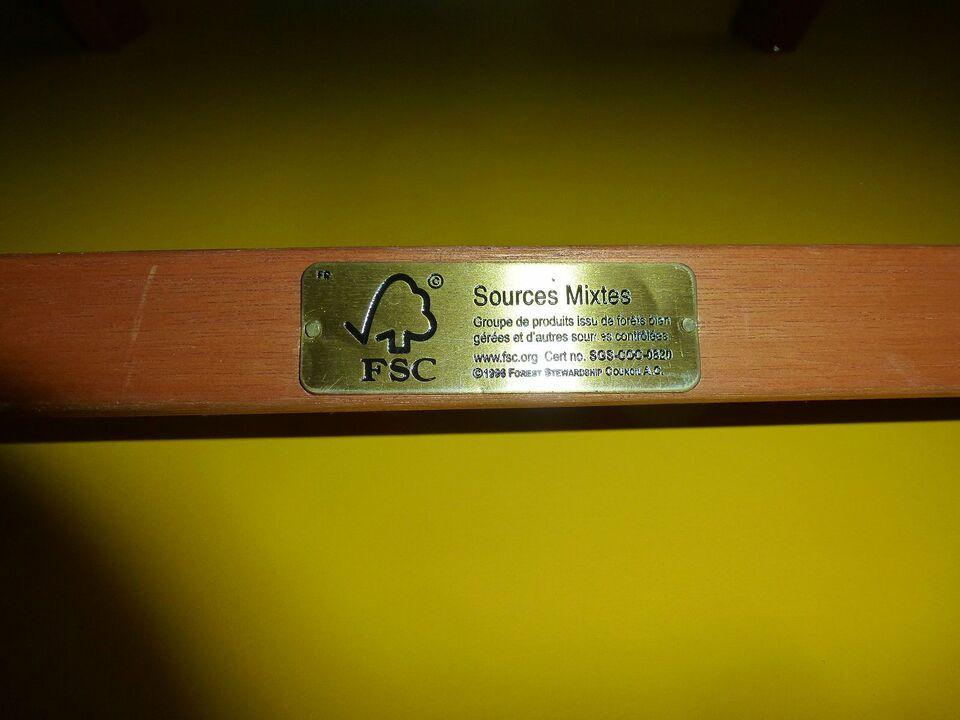 4 Gartenstühle Klappstühle Holz Teak Rattan in Hessen - Marburg