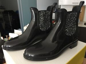 Rain boots bought from Ron White