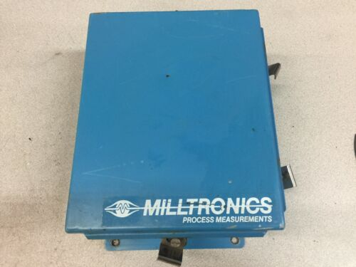 USED MILLTRONICS MICRO RANGER CONTROL PROCESS UNIT IN ENCLOSURE  ML10L943