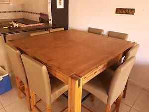 ***price reduced*** Quick sale 9 piece dinning suite Labrador Gold Coast City Preview