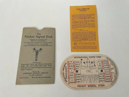 1941 THE POCKET SIGNAL DISC Official Standards by Standard Novelty Envelope Inst
