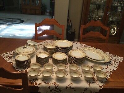 Rare Find - Coypel by Noritake China Service (8 full p/s) with accessories/extra