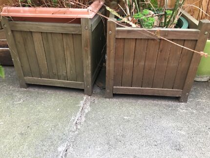 2 x wooden planter boxes