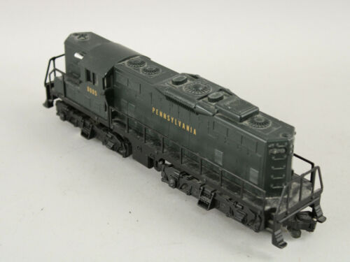 Lionel American Flyer 6-48005 S Scale Pennsylvania GP-9 Diesel Locomotive #8005
