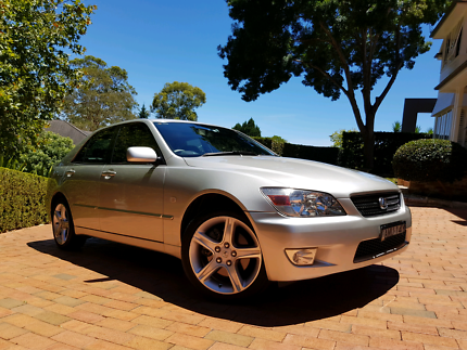 2002 Lexus is200 Sports Luxury 6 speed manual