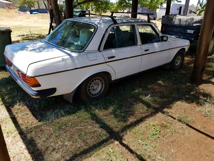 Mercedes 230b