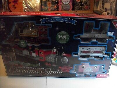 NORTH POLE JUNCTION--CHRISTMAS TRAIN BY BLUE HAT TOY COMPANY- 34 PIECE SET