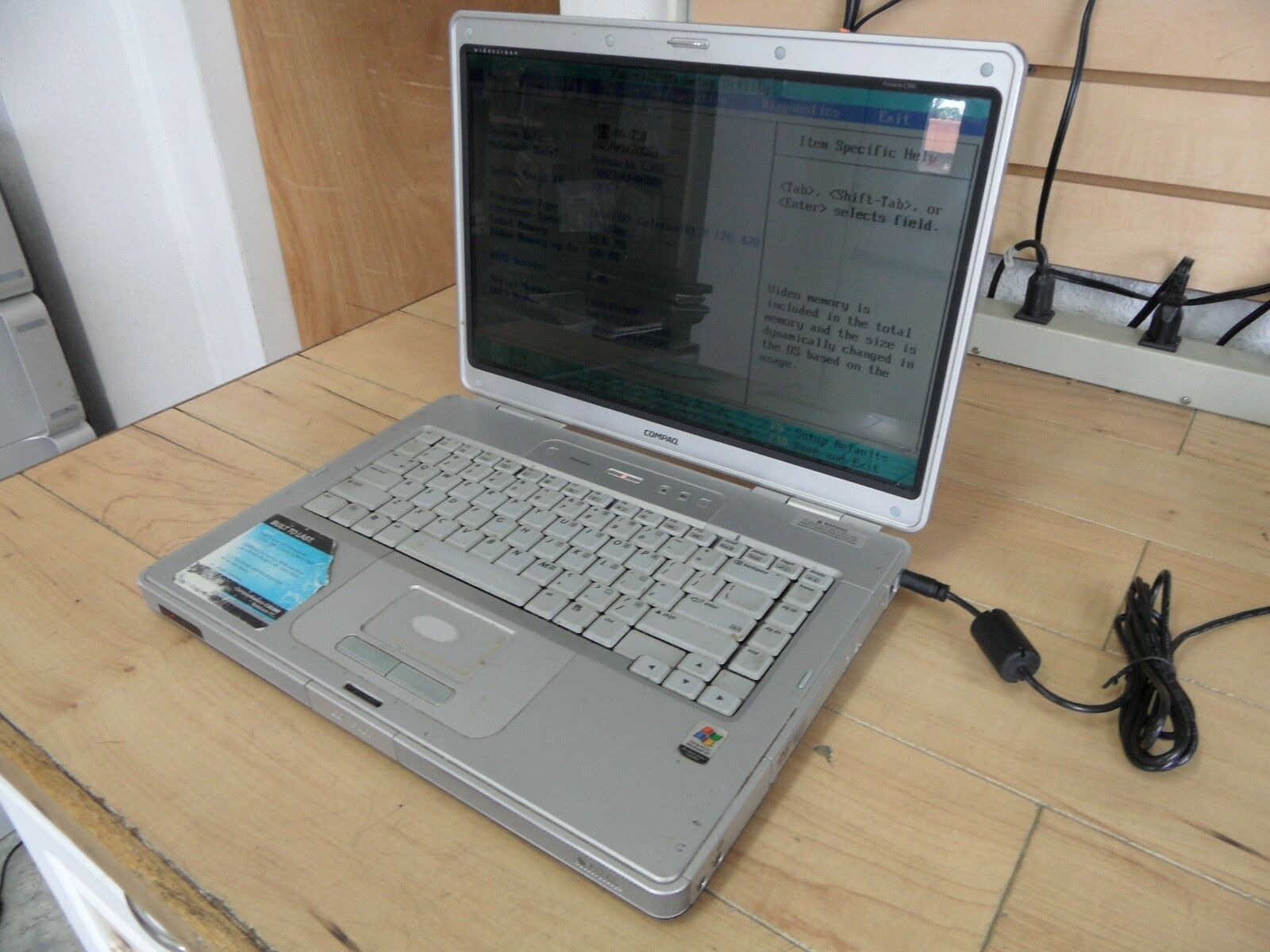 Compaq Presario C300 Laptop For Parts Posted Bios Hard Drive Wiped *