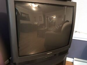 "Free 32"" MAGNAVOX TV - works perfectly"