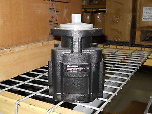 Casappa Cast Iron Gear Pump KP30.56SO-07S1 (035700L6) 3.45cid 11 tooth CCW Rear