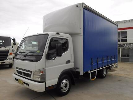 2009 Mitsubishi Fuso Canter 3.5t 6 Pallet Tautliner with lifter