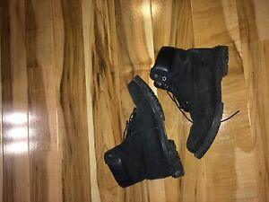 Size 10 black timberlands