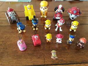 Paw Patrol Figures (17) Pending pick up till 31 of March