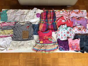 Lot vêtements été bébé fille grandeur entre 6 et 12 mois