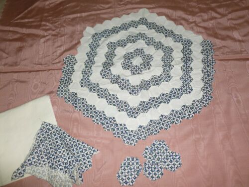 Beautiful 1940s Vintage Hexagon Quilt -to be completed