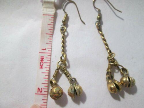"Dangle earrings vintage look goldtone. about 2"" Length"
