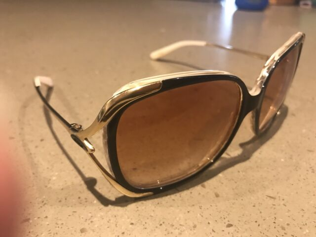 0c93b6969ee Ladies Oakley polarized ( changeover) pearl and gold sunglasses ...