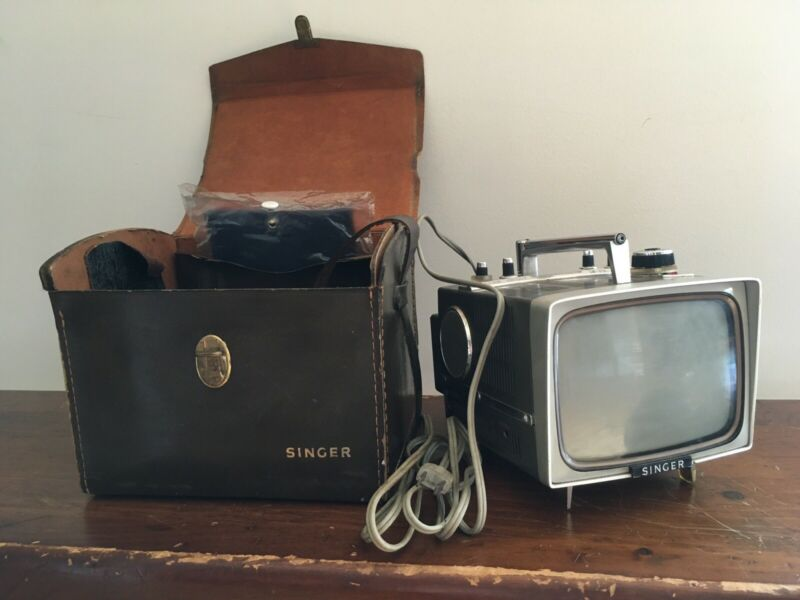 """Working! Vintage 60s Singer Portable TV 6"""" Model With Antenna & Cord Nice! Cool!"""