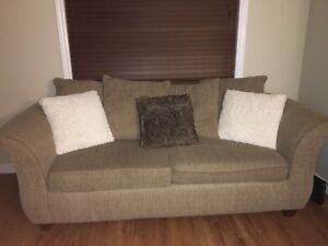 **SOLD** Couch and Love seat set for sale!
