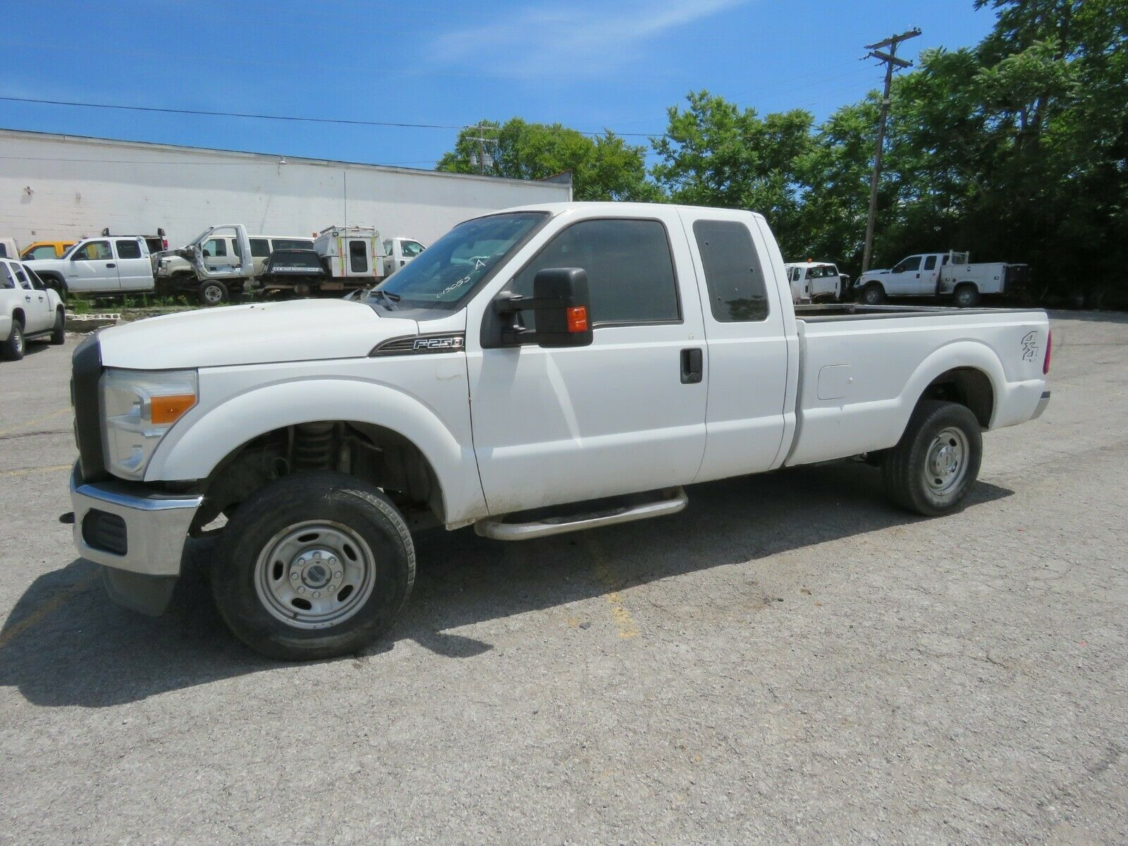 FLEET LEASE WORK TRUCK!!FULL EX CAB!!READY TO GO BACK TO WORK!!!SAVE THOUSAND$