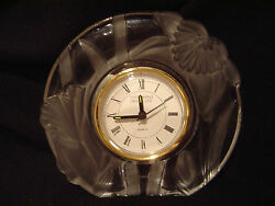 Narcissus Flowers 5 1/2 Tall Fifth Avenue Crystal Clock  Frosted Glass       f2