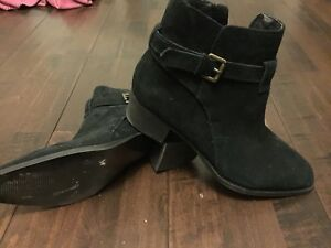 Size 6.5 Design Lab boots in like new condition