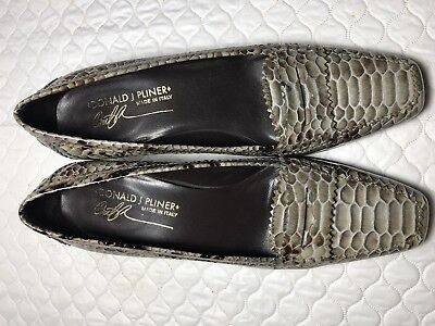 Donald J Pliner Women's Gray Reptile Leather Print Pumps Made In Italy Size-7 M Donald J Pliner Print Pumps