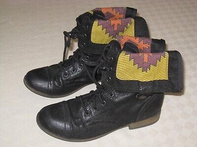 Mossimo Supply Com  Womens Black Lace Up Zipper Boots Size 8 5 M Great